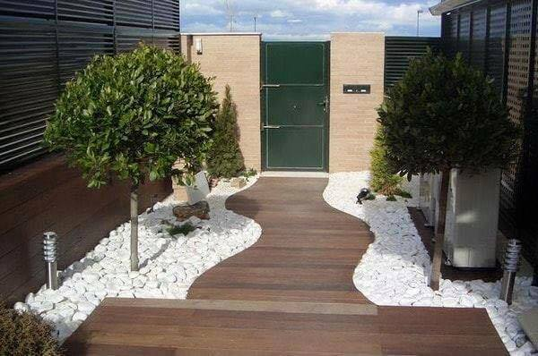 garden in fence ideas (44)