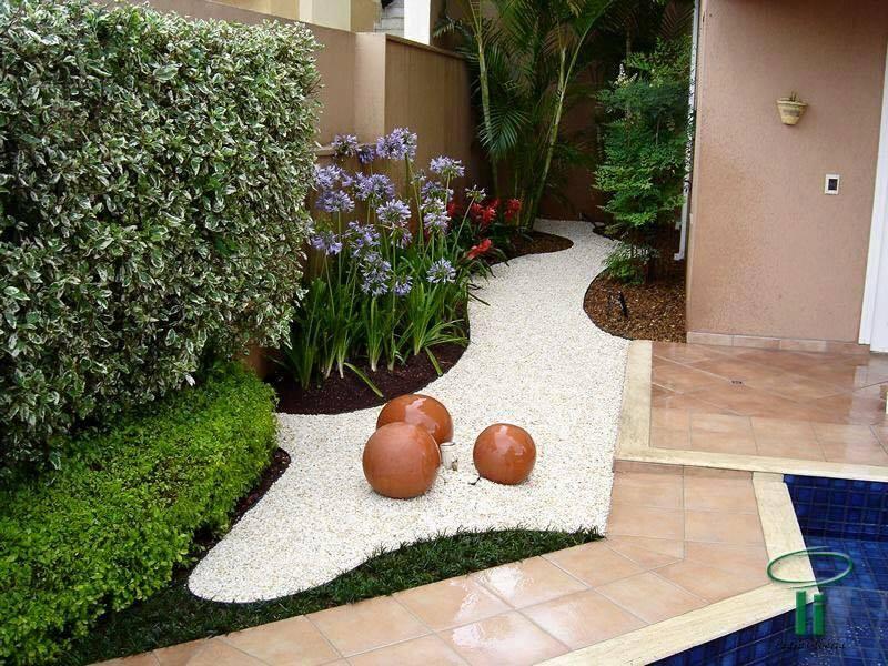 garden in fence ideas (54)