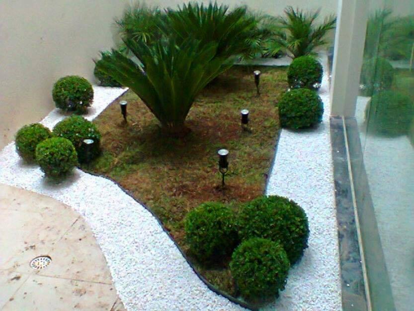 garden in fence ideas (64)