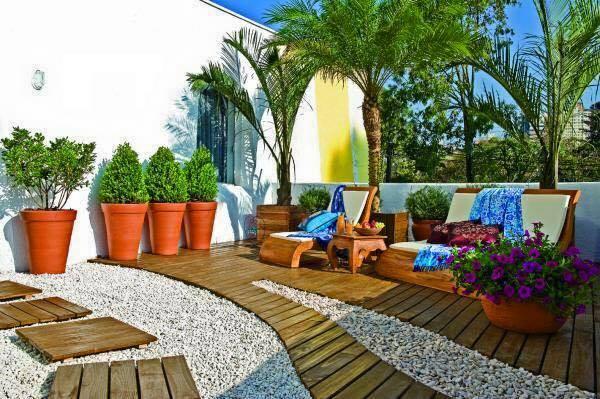 garden in fence ideas (65)