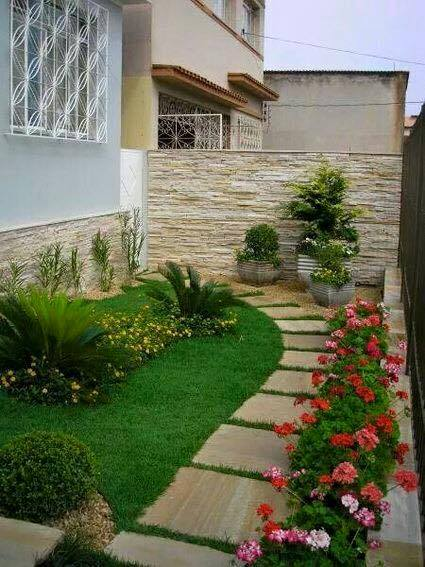 garden in fence ideas (71)