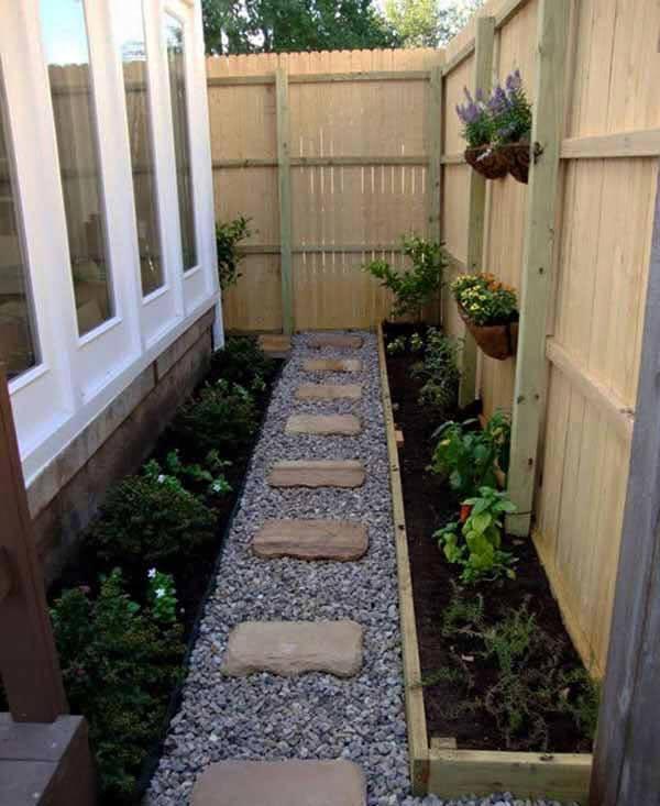 garden in fence ideas (80)