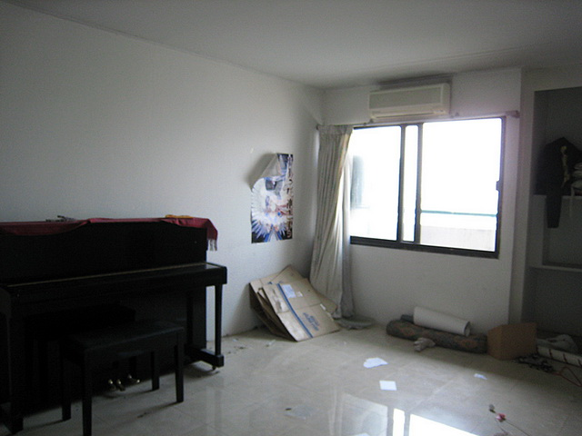 old condo converted into modern luxurious condo review (9)