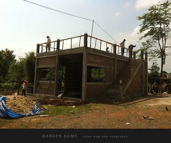 small modern loft concrete house review (14)