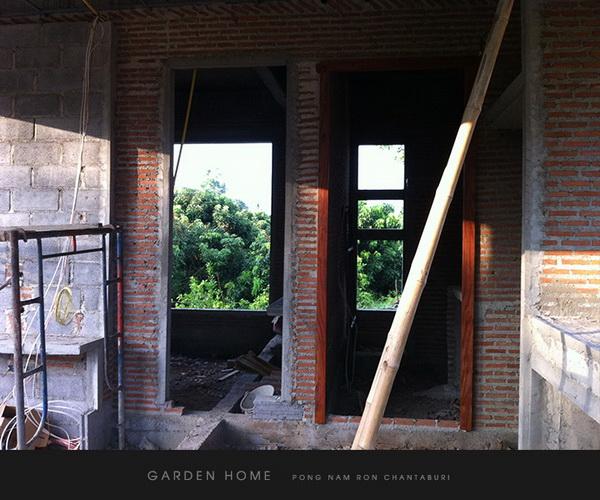 small modern loft concrete house review (28)