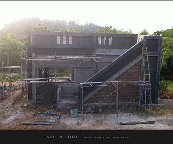 small modern loft concrete house review (30)