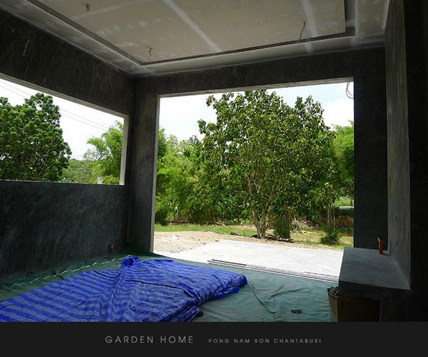 small modern loft concrete house review (39)