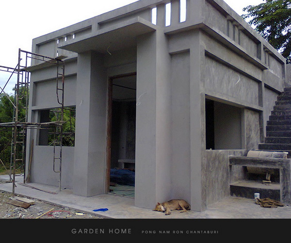 small modern loft concrete house review (44)