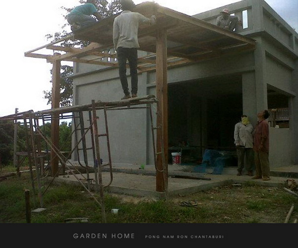 small modern loft concrete house review (46)