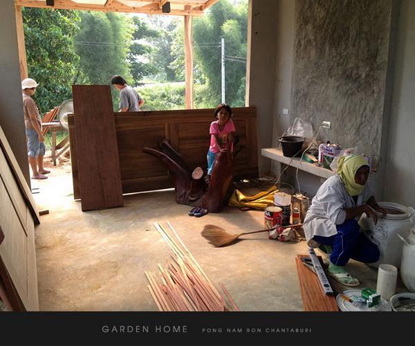 small modern loft concrete house review (51)