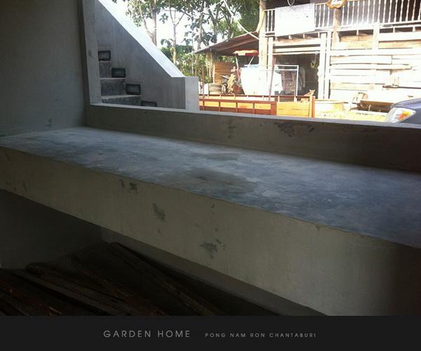 small modern loft concrete house review (52)