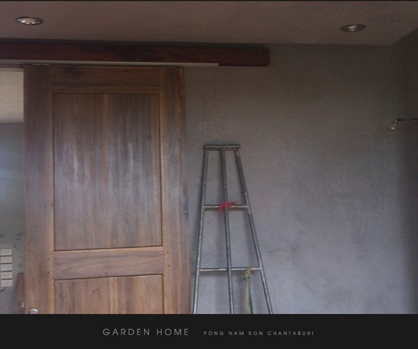 small modern loft concrete house review (72)