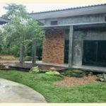 Review : บ้านปูนเปลือยลอฟท์ชั้นเดียวดีไซน์สุดเท่ พร้อมจัดสวนสวยหน้าบ้าน