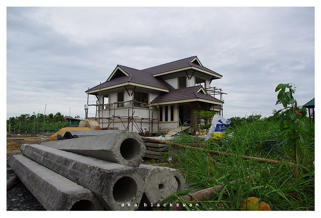 1-6m-2-storey-thai-contemporary-house-with-beautiful-landscape-review-18