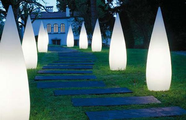 15-astonishing-illuminated-planter-designs (15)