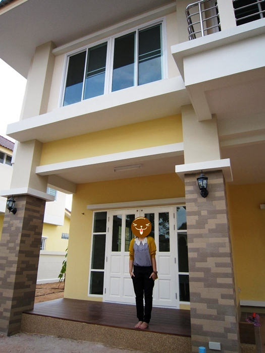 2-storey-3-bedroom-cozy-contemporary-house-125