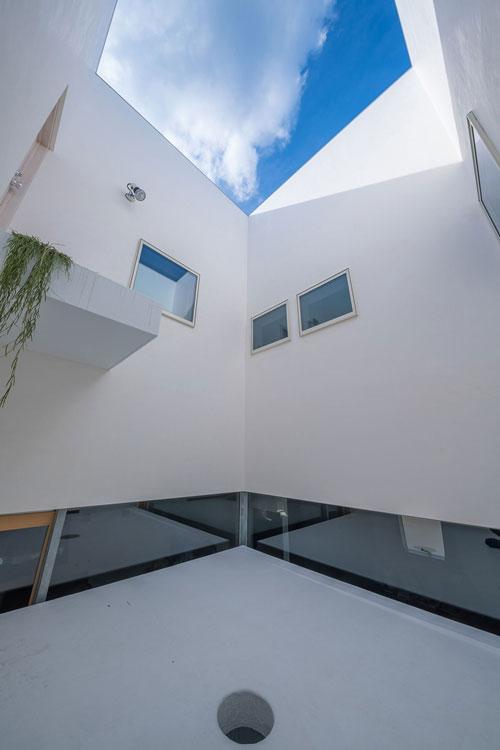 2 storey house by masaki yoneda (7)