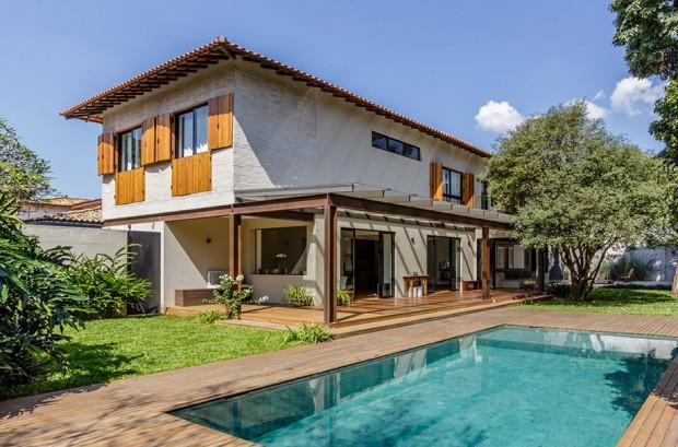 2-storey-mixed-material-garden-house-2