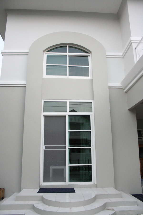 2 stories cracked house renovate into beautiful house (4)