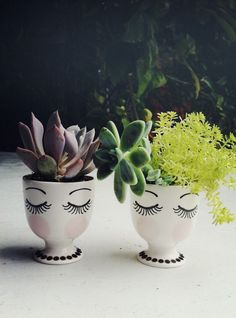 22-diy-ideas-old-teapot-to-flowerpot-3