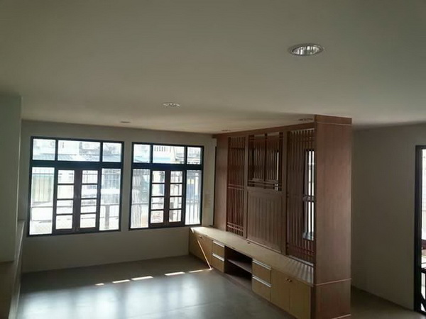 240 sqm L shaped house review (27)