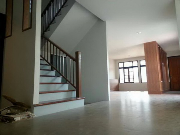240 sqm L shaped house review (28)