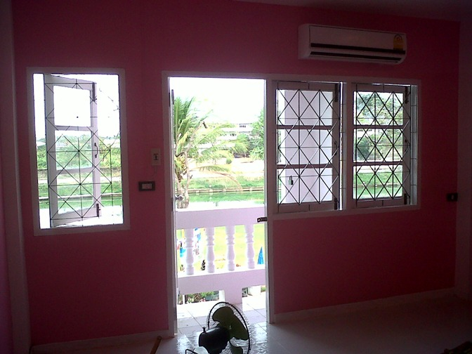 3-storey-townhouse-renovate-into-cute-bakery-house-42