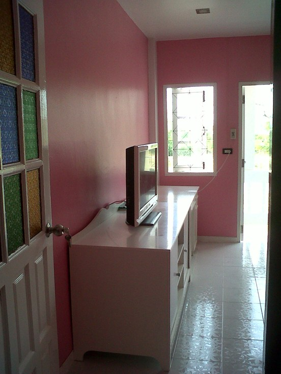 3-storey-townhouse-renovate-into-cute-bakery-house-45