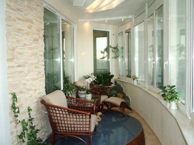 32-small-balcony-designs (3)