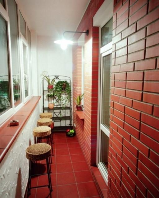 32-small-balcony-designs (5)
