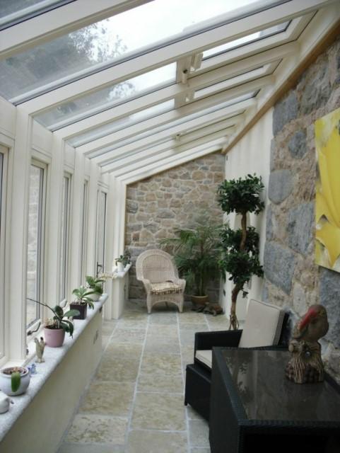 32-small-balcony-designs (7)