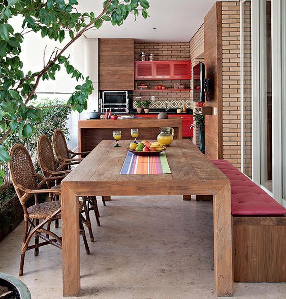 33-minimalist-kitchens-with-exposed-brick-walls (1)