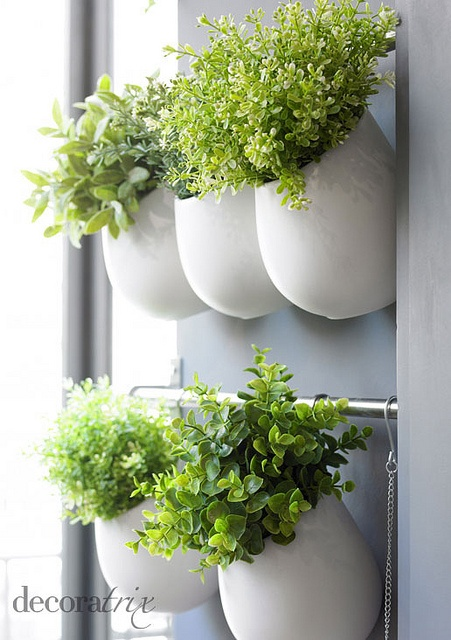 34-beautiful-hanging-garden-ideas-31