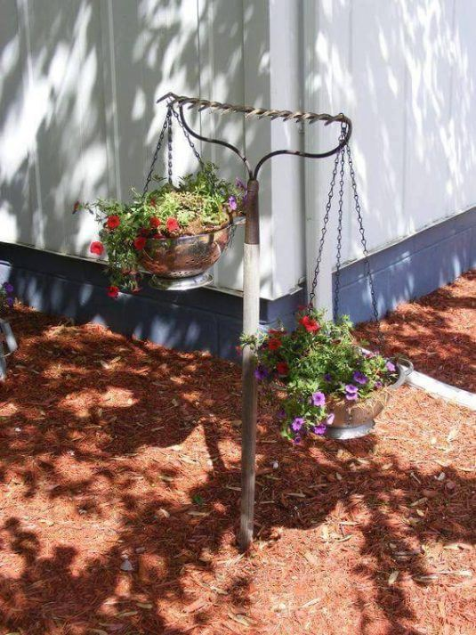 34-beautiful-hanging-garden-ideas-6