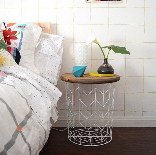 36-ideas-for-small-space-bedside-table-33