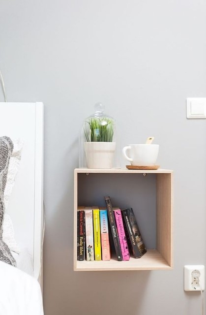 36-ideas-for-small-space-bedside-table-7