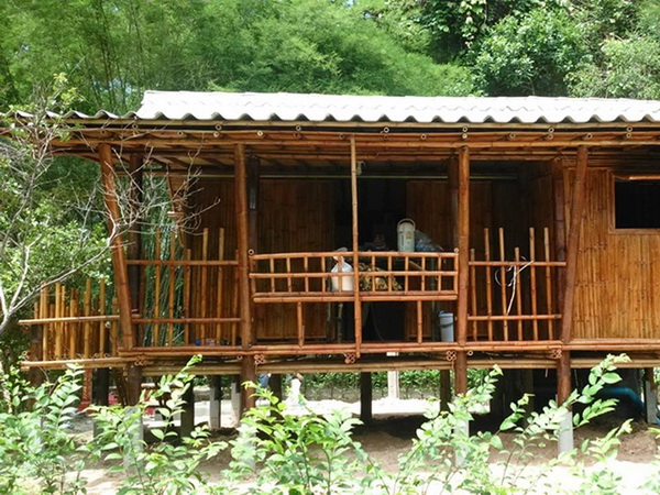 39-bamboo-house-ideas-23