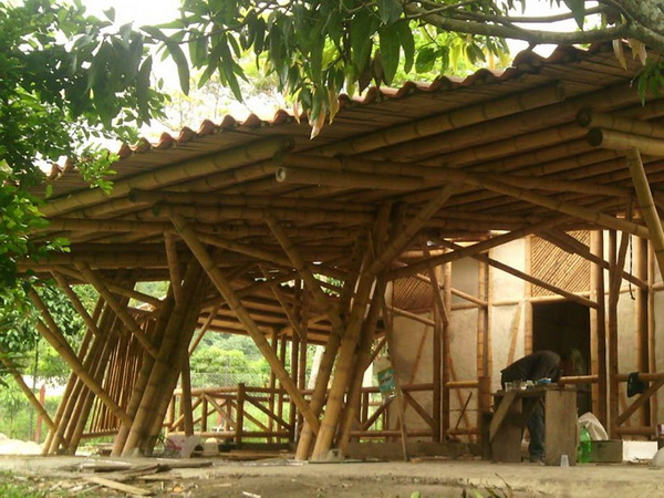 39-bamboo-house-ideas-37