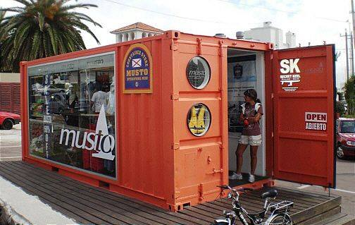 42-container-to-house-or-cafe-ideas-29
