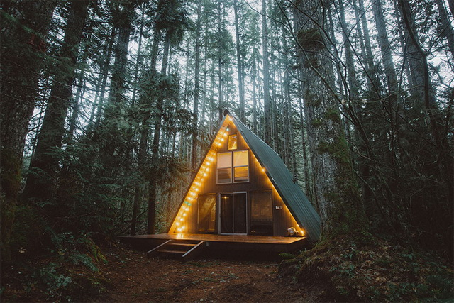 45 cozy-cabins-in-the-woods (18)