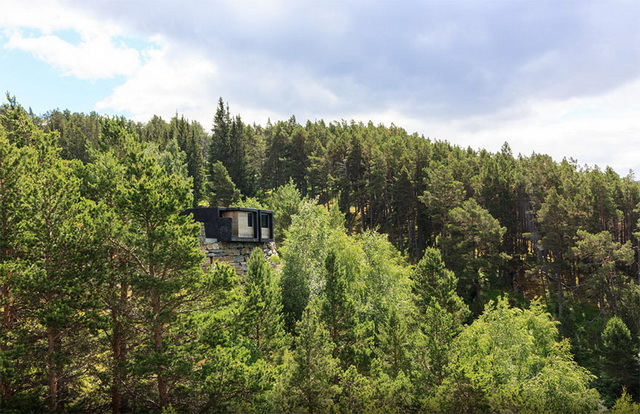 45 cozy-cabins-in-the-woods (40)