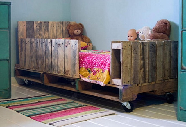 60 wooden pallet diy ideas (47)