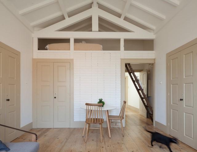 classic-townhomes-renovate-to-minimalist-style-loft-9
