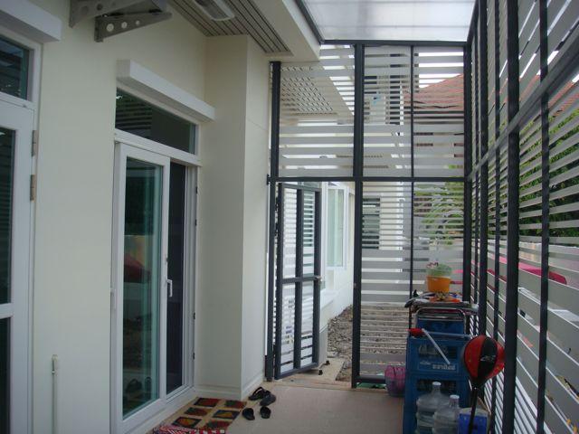 cozy-elegant-modern-house-review-11