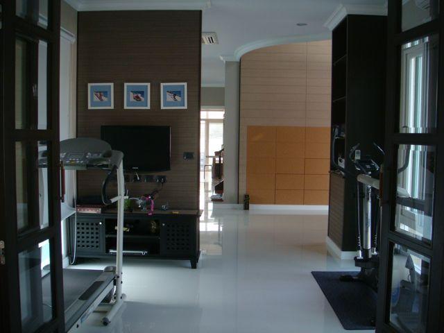 cozy-elegant-modern-house-review-18