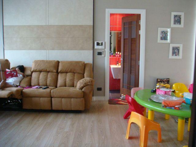 cozy-elegant-modern-house-review-19