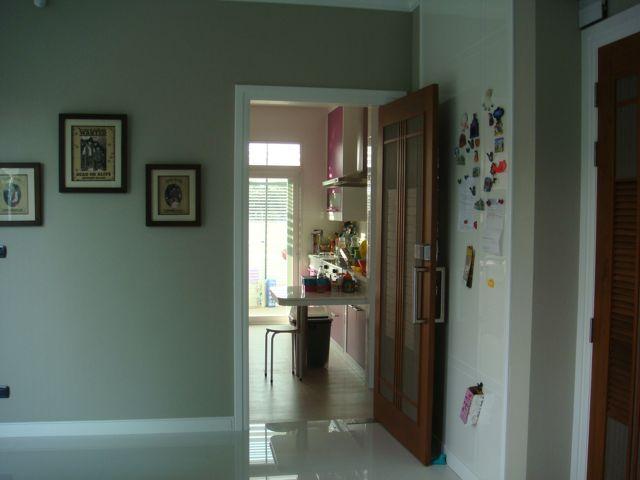 cozy-elegant-modern-house-review-23