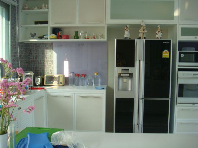 cozy-elegant-modern-house-review-31