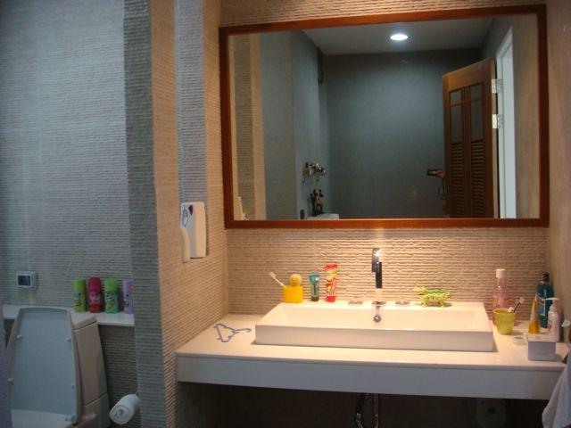 cozy-elegant-modern-house-review-35
