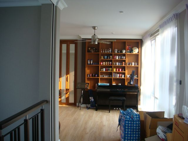 cozy-elegant-modern-house-review-43